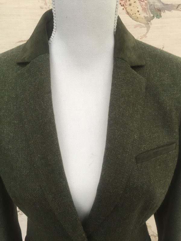 Gamebirds Clothing Ladies Curlew British Tweed Jacket Pine Green suede collar detail